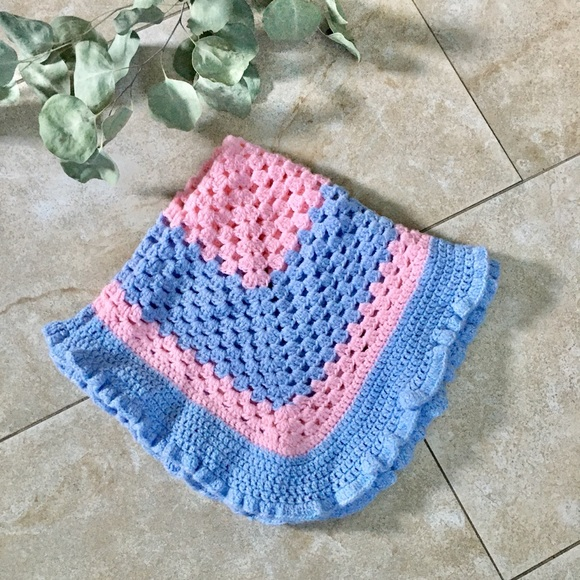 Baby blanket pink and blue squares